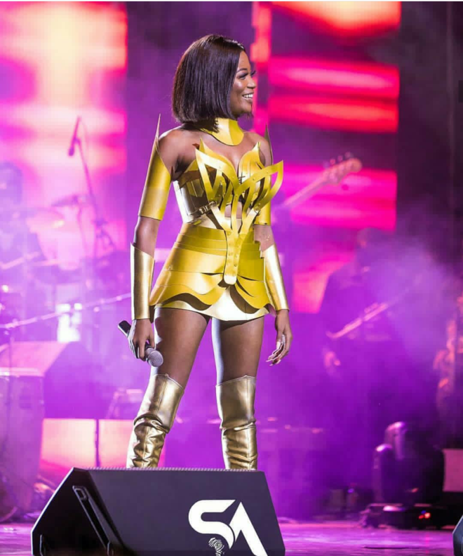 Efya brought a whole different kind of fierceness to the stage in this metallic outfit