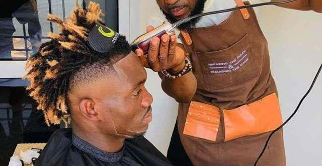 Christian Atsu gets new hairstyle ahead of Ghana-Cameroon match