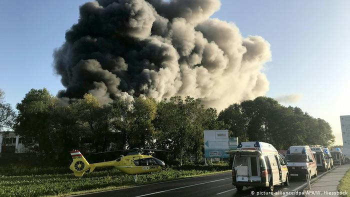 Austria: Explosion at waste plant near Linz airport