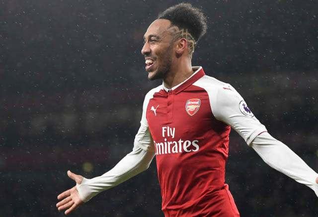 Aubameyang Combines with Mkhitaryan to Score on Arsenal Debut
