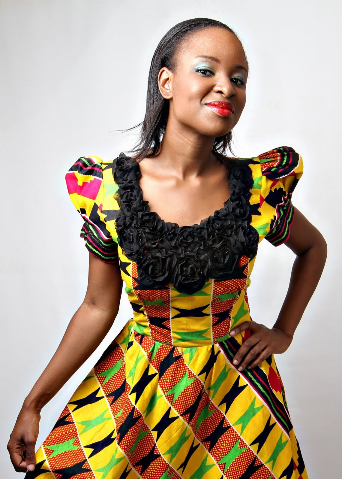 Kente on different bodies with different styles. - Ghana ...