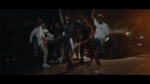 Kofi Mole - Pulele Ft Medikal Official Video