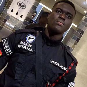 Police Officer Guarding A Bullion Van Shot Dead