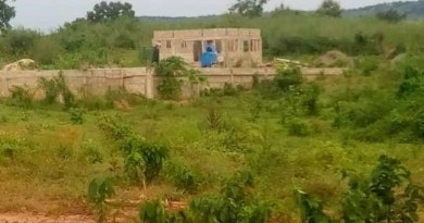 Farmers in Krachi East beg Akufo-Addo to complete warehouse project