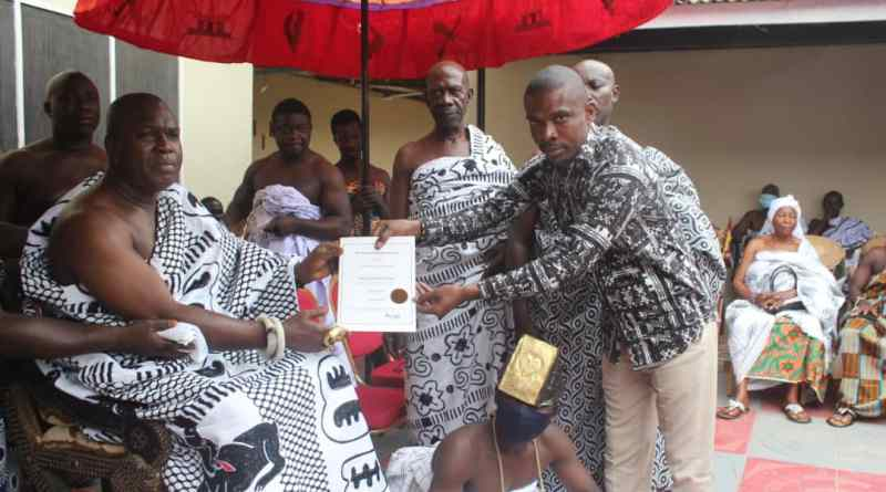Akwamuhene commends officials of the Ghana State Book Project