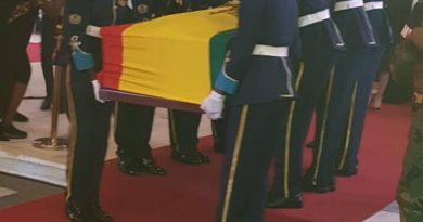 Rawlings Funeral : Day one of File Past Ends, Body lifted to unknown location