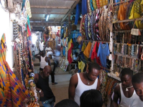 Art Center traders call for government's support