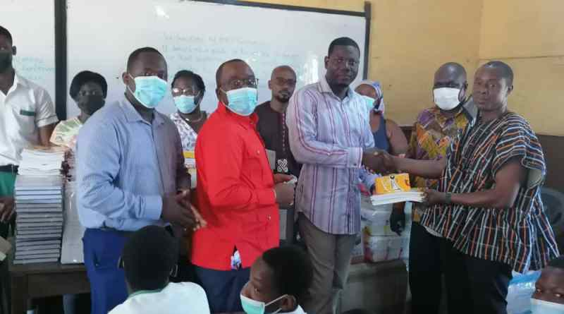 Past Students support ANT Experimental '1' JHS with Study Materials and PPEs worth Ghc22,000