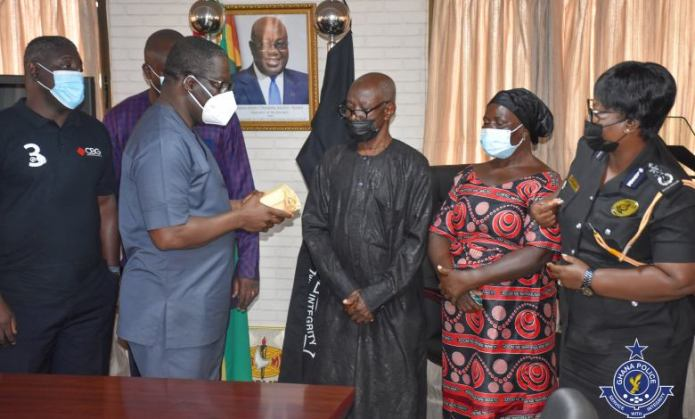 Bullion van attack: Bankers Association donates GHC50,000 to family of murdered police officer