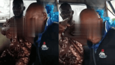 Video: Policeman fights with Trotro mate for refusing to give him a free lift