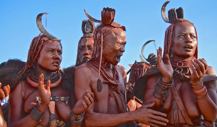 Check out how the Himba tribe offers S.ex for visitors & bath with no water [Video]
