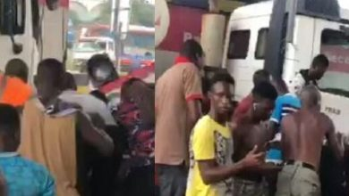 Just In: Tipper-truck crashes into Tema motorway toll-booth, attendant feared dead [Video]