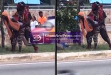 """Accra: """"Is this occult or not"""" – Disguised mad man captured eating a lady in the open"""