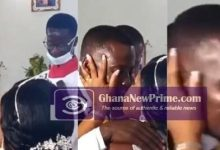 Man feels shy to k!ss wife on their wedding day in church [Video]