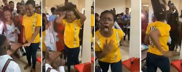 Photo of Lady who allegedly went mad after her boyfriend proposed to her, finally speaks on the incident