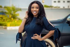 Photo of Photos of Serwaa Amihere dressed as a Queen Mother surfaces – Photos
