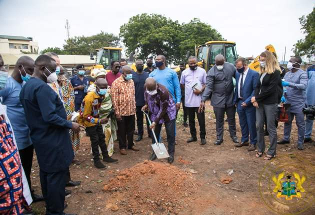 President Nana Addo Dankwa Akufo-Addo has cut the sod for the construction and equipping of a 12-storey 400 beds Maternity. Image / facebook.com/nakufoaddo