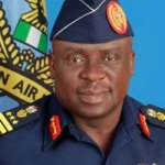 Arms deal : EFCC detains ex-Chief of Air Staff, Amosu
