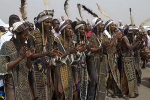 niger dancers