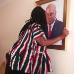 Afia Schwarzenegger kissing President Mahama's( photo + video)