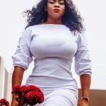 Luckie Lawson flaunts sexy chest in birthday photos