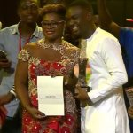 Joe Mettle wins Artiste of the Year at 2017 Ghana Music Awards