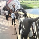 Tambe bridge collapses