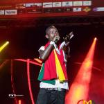 Patapaa fights with dancers on stage over monies thrown at him during Ghana Music Awards UK performa...