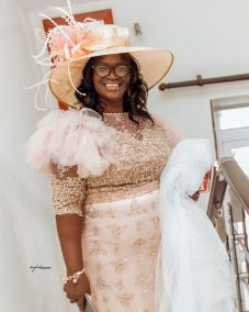 Mother of the bride @kingkwekuanansephotography