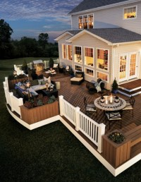 Relaxing Backyard Deck Design