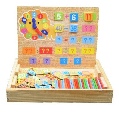 Tablă educativă magnetică din lemn cu cifre și operații matematice
