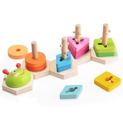 Jucărie educativă Omiduța veselă cu sortator de forme