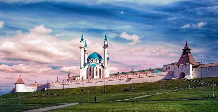 у города два лица — русское и татарское казань