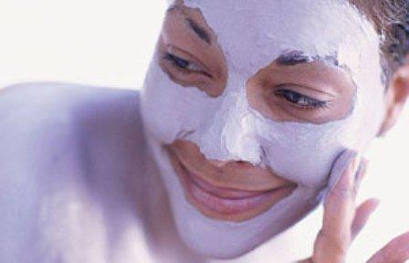 Отбеливающая голливудская маска для лица.
