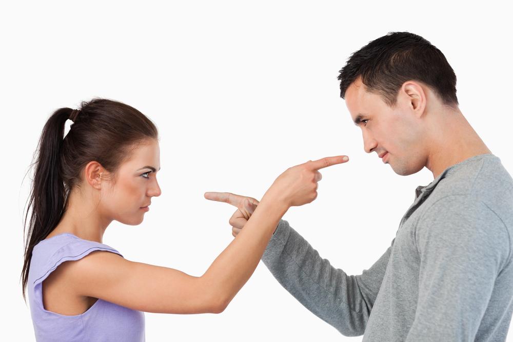 Что делать, если в семье скандалы, жене все не нравится.