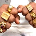 О чем говорят украшения на твоих пальцах
