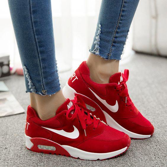 Почему нельзя носить чужую обувь.