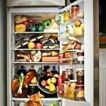 Желательно это не хранить в холодильнике.