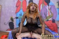 ghettogaggers-big-bad-she-roy-brown-09