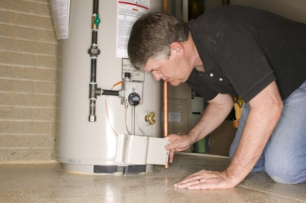 Reparando un Calentador de Agua