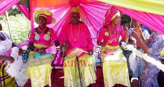 Photos From The Wedding of Nigerian Man Who Married Two wives At The Same Time In Delta State