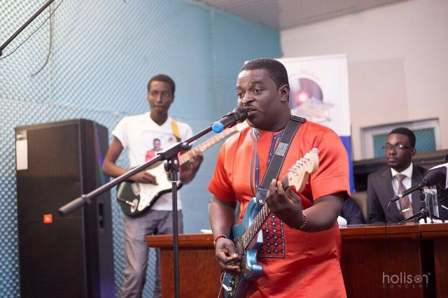 'Stonebwoy Is My Brother, Expect A Collaboration From Us Soon'- Kumi Guitar