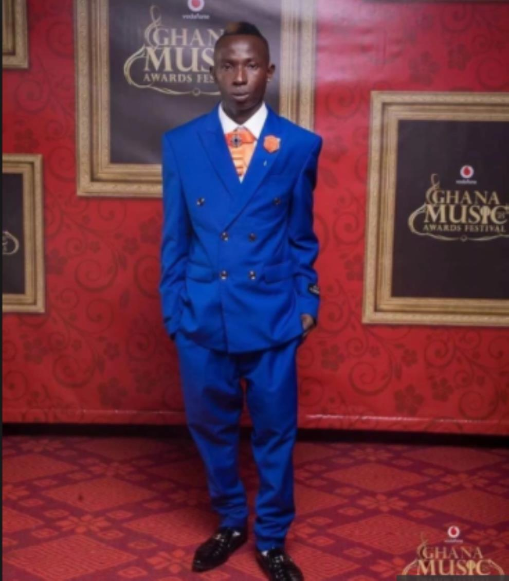 Patapaa Finally Wins 'Most Popular Song Of The Year' Award Given By Huawei — Check Out His Prize
