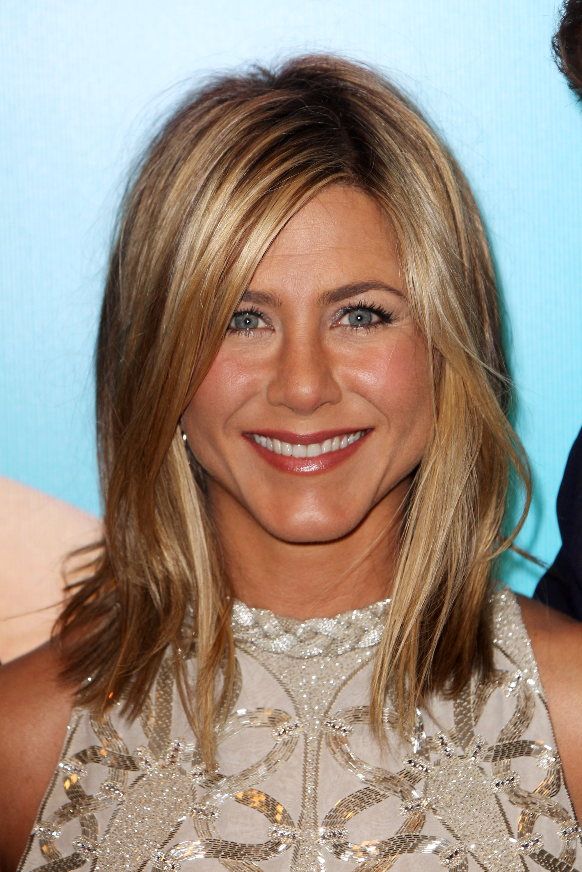 Jennifer Aniston Hair Evolution Timeline Of Jen Aniston's Hairstyles