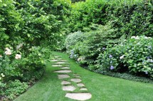 Budget Front Yard Landscaping Path Ideas Pictures