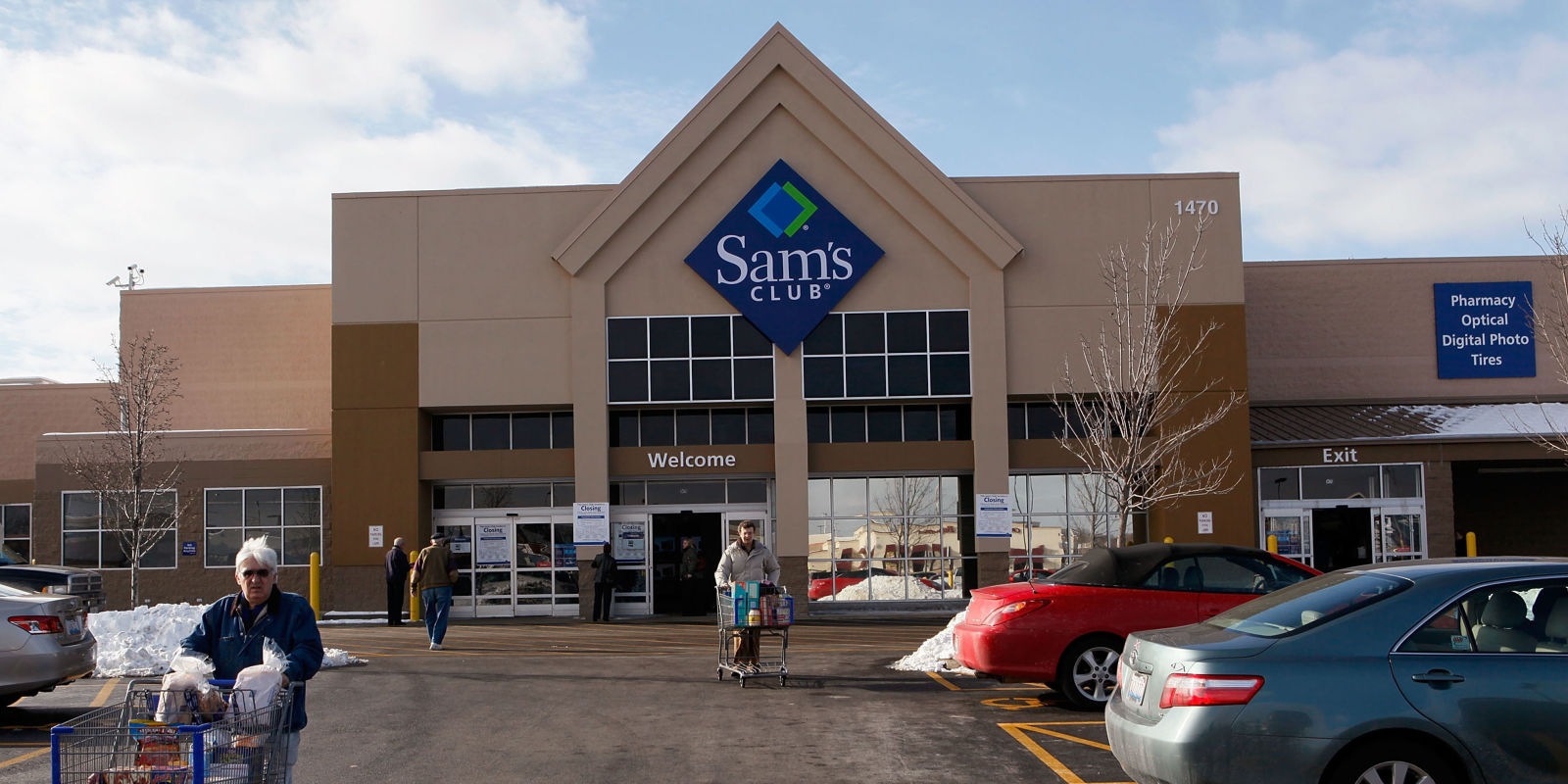 Sams Club Accepting Costco Member Cards Until July 4