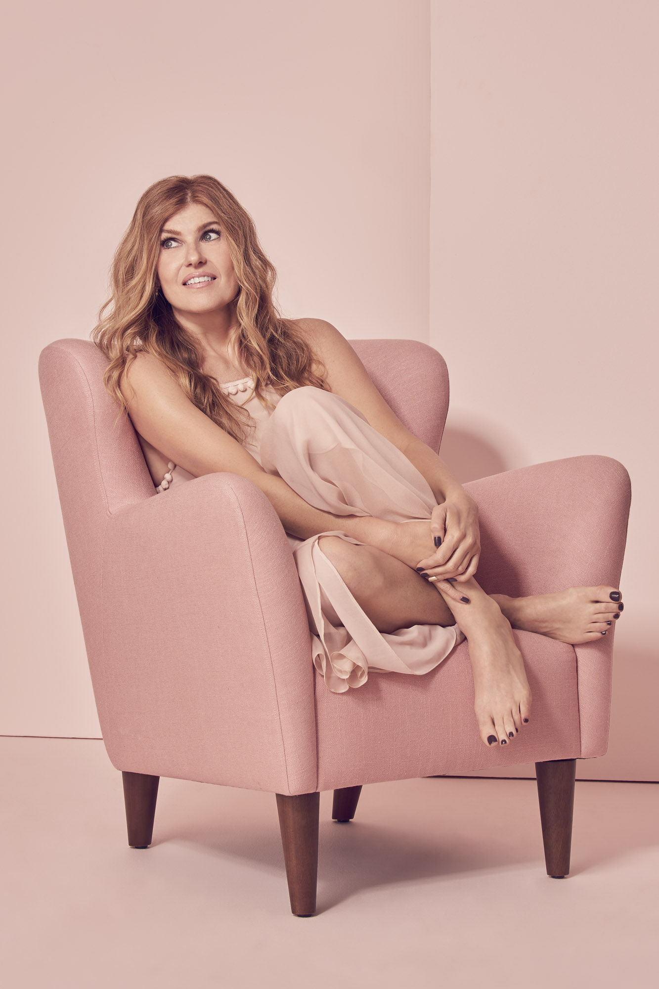 Connie Britton Has a Thing to Two to Say About Feeling Sexy  Connie Britton Cover Story