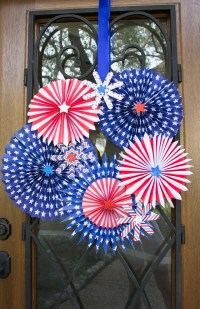 14 DIY 4th of July Wreaths