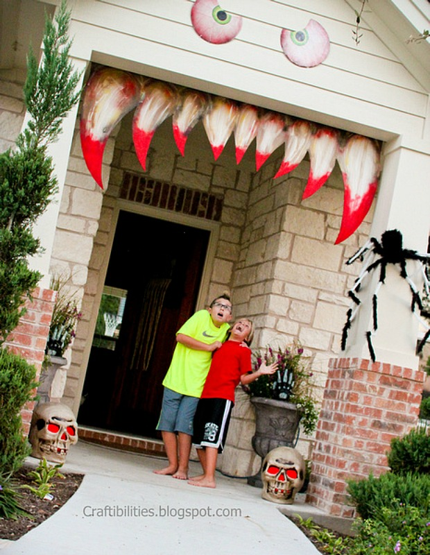 15 Best Outdoor Halloween Decoration Ideas Creative Halloween