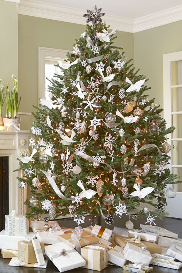 Decorate White Xmas Tree | Billingsblessingbags.org